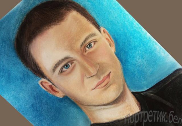 CY4VS9jE6Bw-1024x709-640x480 Портреты цветной пастелью