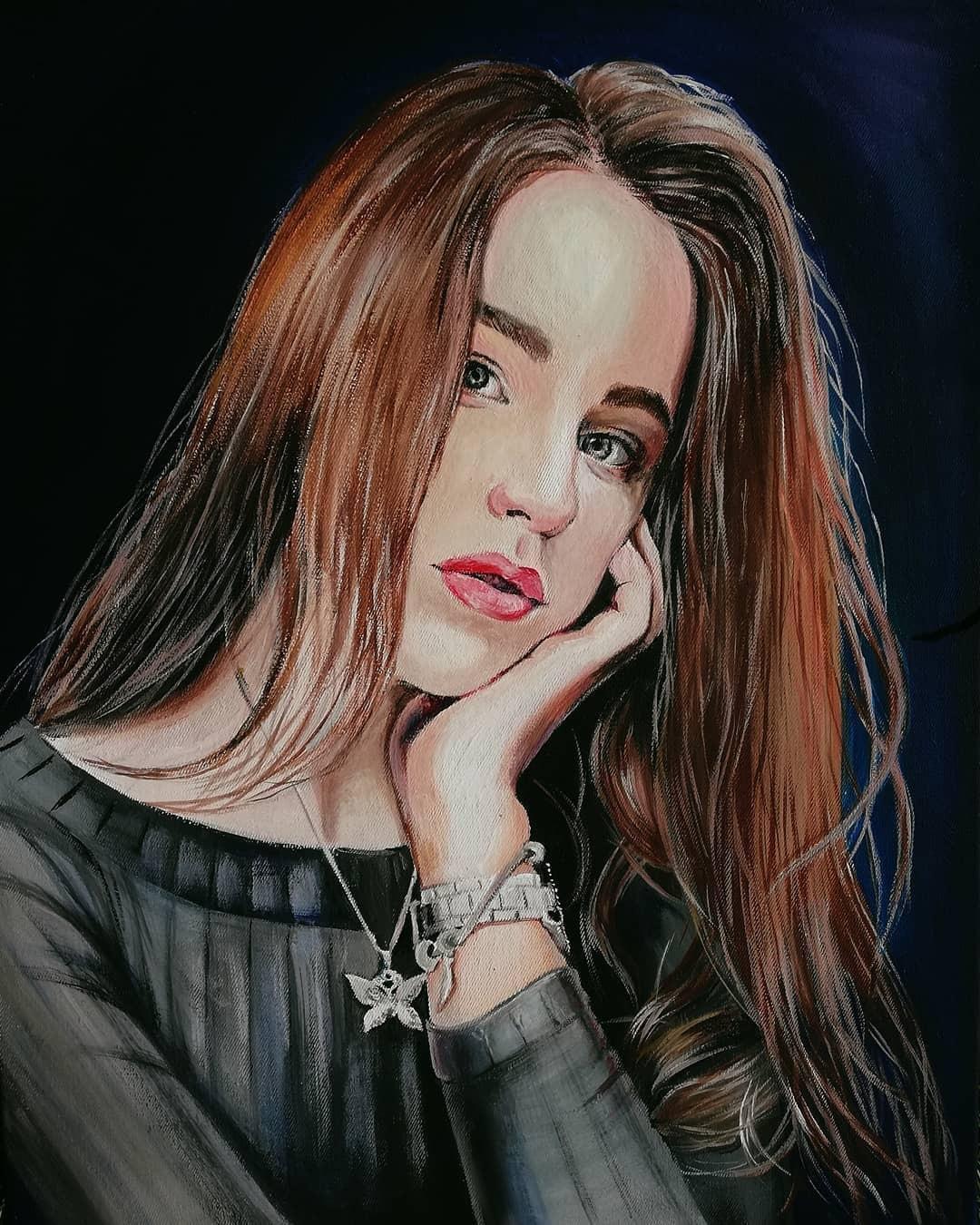 dAhFkzimpLg Реалистичный портрет (красками)